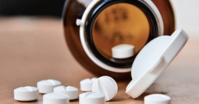 CAS debate custo e fornecimento de medicamentos para doenças raras