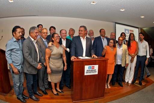 Assinatura formaliza criação de 20º Consórcio Público de Saúde