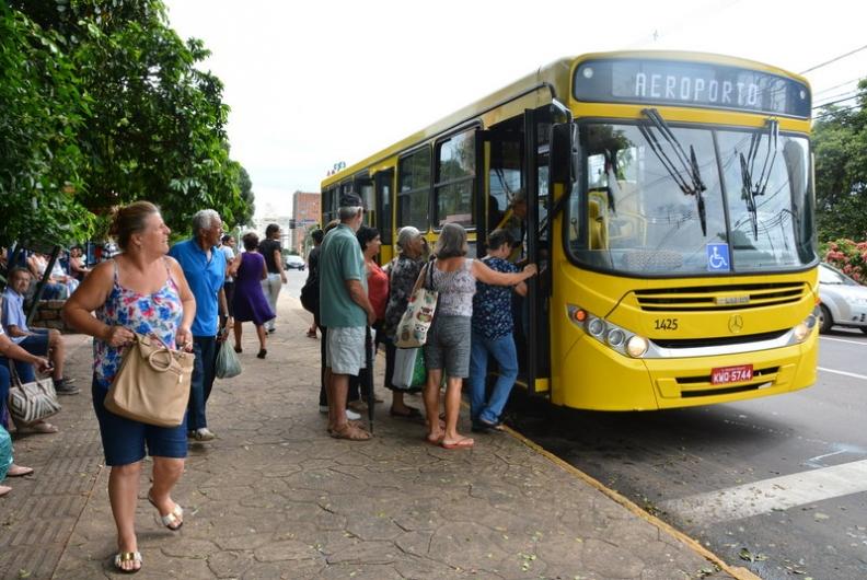 Transporte coletivo em Salvador é péssimo, segundo usuários