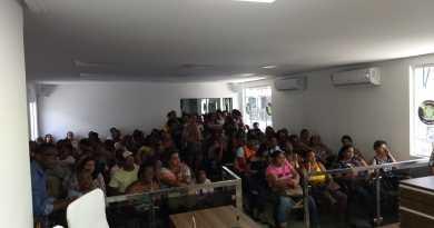 Vera Cruz: professores reclamam de corte no salário