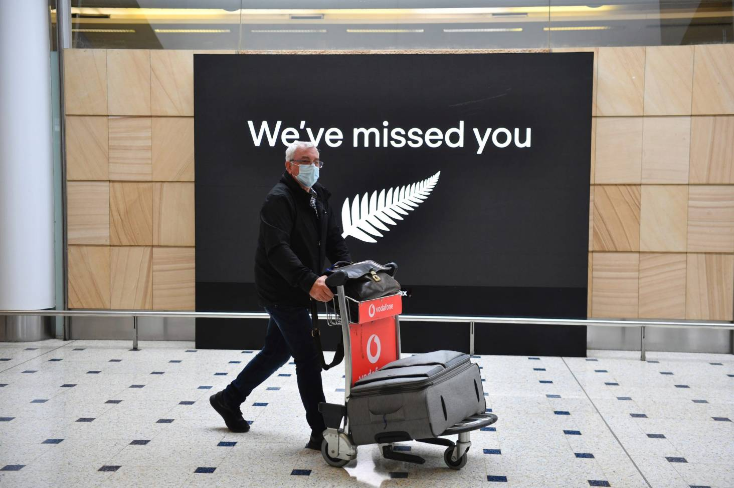 New Zealand's cabinet agrees to allow quarantine-free travel with Australia in the first quarter of 2021.