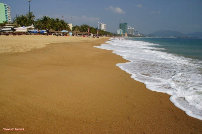 the-beauty-of-nha-trang-beach-city-vietnam_06
