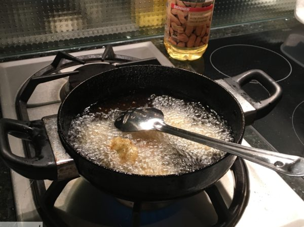 Deep Frying Pan with Ladel