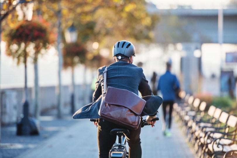 A lavoro in bicicletta