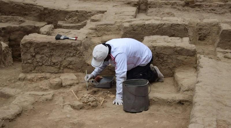 Restos mortais de 29 pessoas com mais de mil anos são encontrados no Peru – 23/10/2021 – Ciência