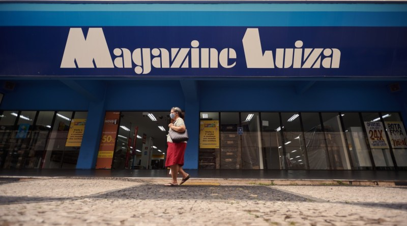 Rede varejista abre 100 vagas para call center em Franca, SP | Ribeirão Preto e Franca