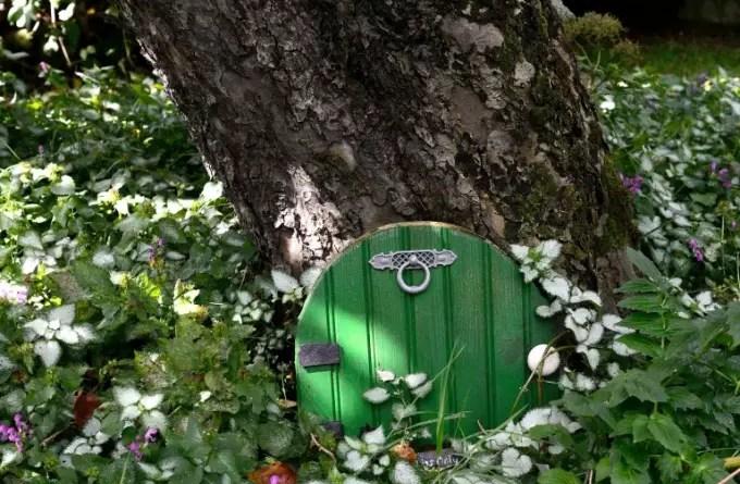 jardim de conto de fadas casa.com gardeningetc 5 FM floral alamy stock photo.webp Vision Art NEWS