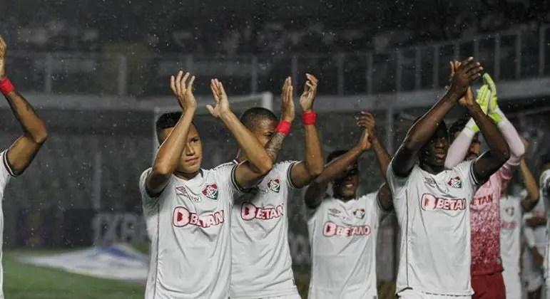 Fluminense vê chances de G6 caírem após derrota no Brasileirão; veja as probabilidades – Lance