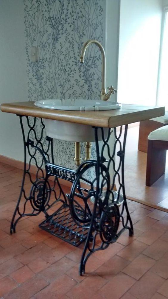 fabriquer un meuble vasque lit gain de place mi hauteur. Black Bedroom Furniture Sets. Home Design Ideas