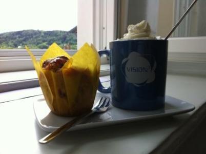 Kaffee und Kuchen bei VISION³