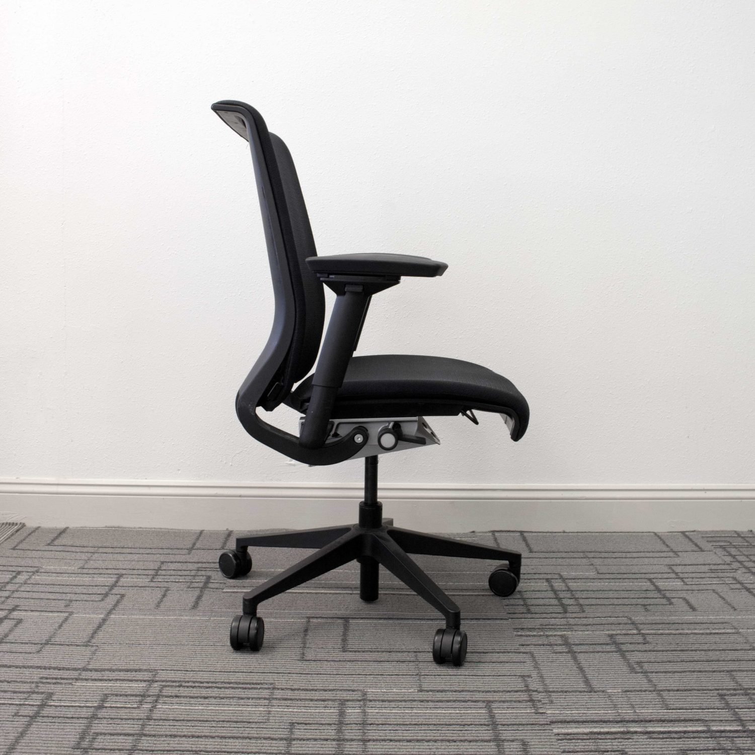Steelcase Think Chair Used Steelcase Think Chair