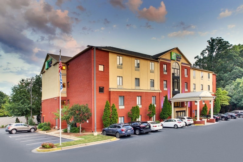 IHG Approved Photography for Holiday Inn Express Emory Exterior 06
