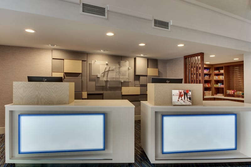 IHG Approved Photography for Holiday Inn Express Emory Front Desk WO Staff