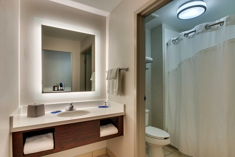 IHG Approved Photography for Holiday Inn Express Emory Guest Bathroom