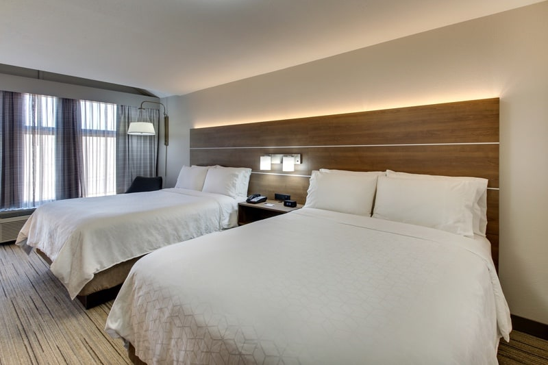 IHG Approved Photography for Holiday Inn Express Emory XDBN 02