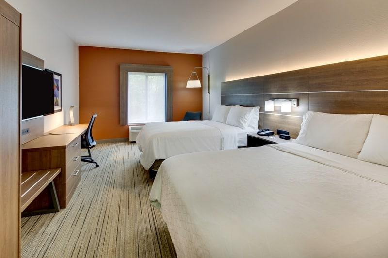 IHG Approved Photography for Holiday Inn Express Emory XWAN 01
