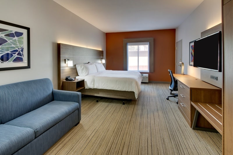 IHG Approved Photography for Holiday Inn Express Emory XWBN 01