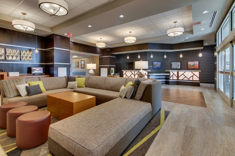 Drury Approved Photography for Drury Inn and Suites Columbus Polaris Lobby 02