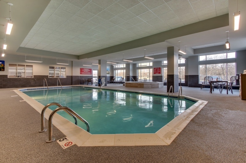 Drury Approved Photography for Drury Inn and Suites Columbus Polaris Pool 02 3