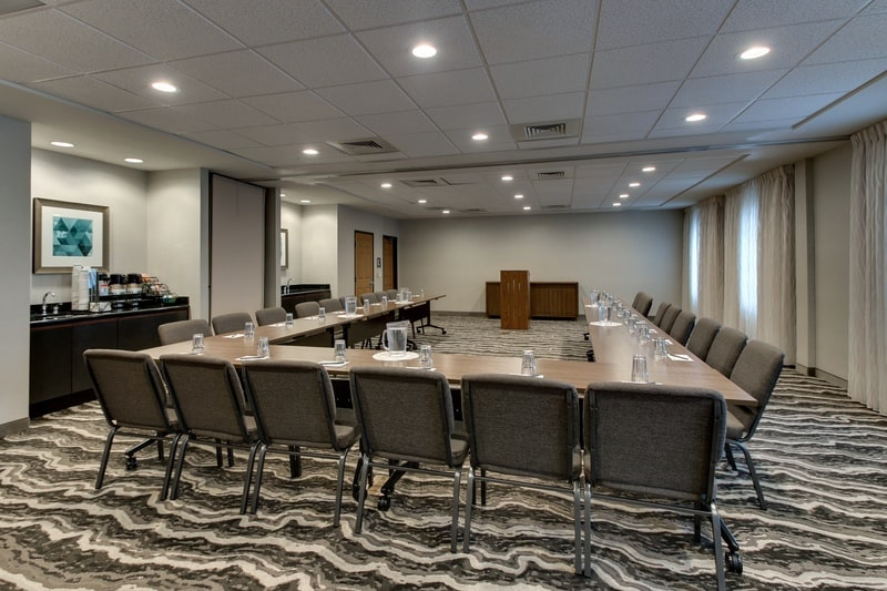 IHG Approved Hotel Photography for Staybridge Suites Missoula Meeting Room 04