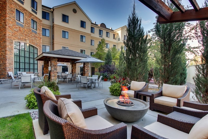 IHG Approved Hotel Photography for Staybridge Suites Missoula Patio 03
