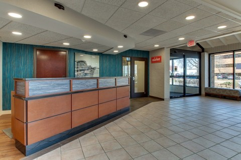 Drury Approved Photography for Pear Tree Inn St. Louis Front Desk 01