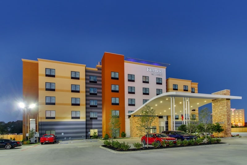 Marriott approved photography for Fairfield inn Houston Brookhollow - FF HOUFB Exterior 09