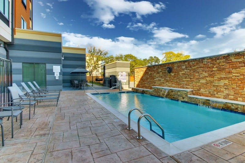 Marriott approved photography for Fairfield inn Houston Brookhollow - FF HOUFB Pool 01