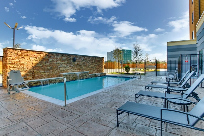 Marriott approved photography for Fairfield inn Houston Brookhollow - FF HOUFB Pool 03