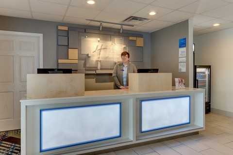 Hotel photography of Holiday Inn Express front desk