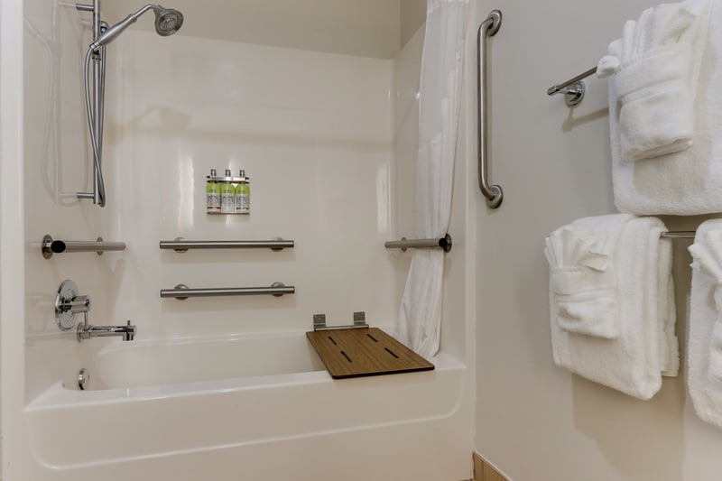 IHG Approved Photography for Holiday Inn Express Dayton Centerville Accessible Bathroom 01