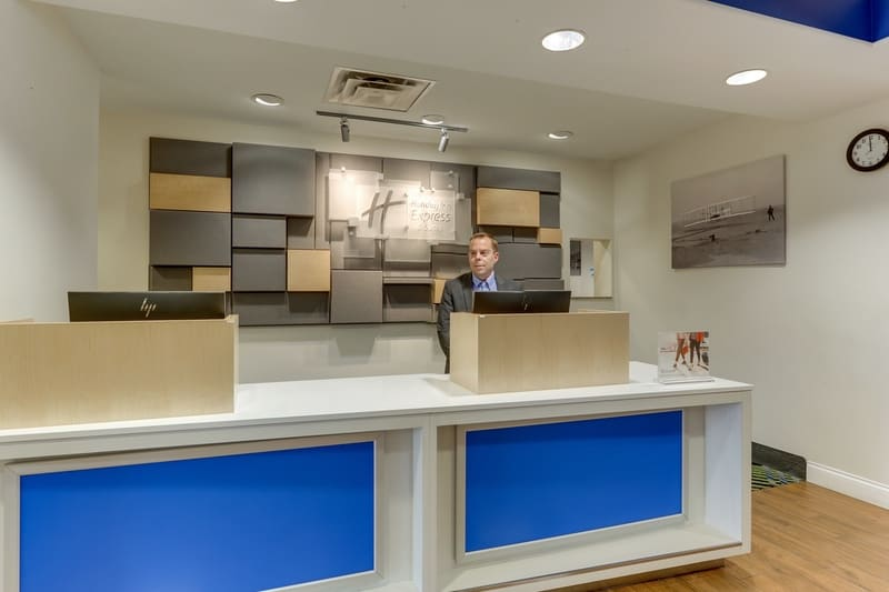 IHG Approved Photography for Holiday Inn Express Dayton Centerville Front Desk W Staff