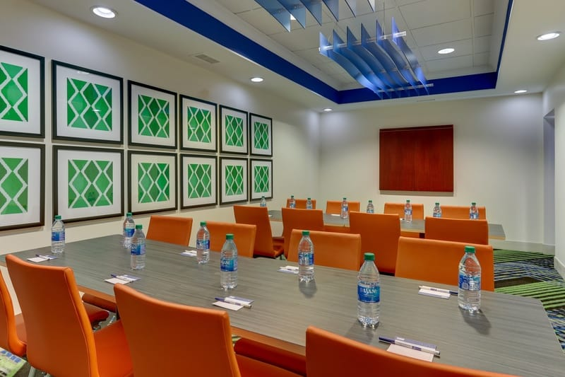 IHG Approved Photography for Holiday Inn Express Dayton Centerville Meeting Room 01