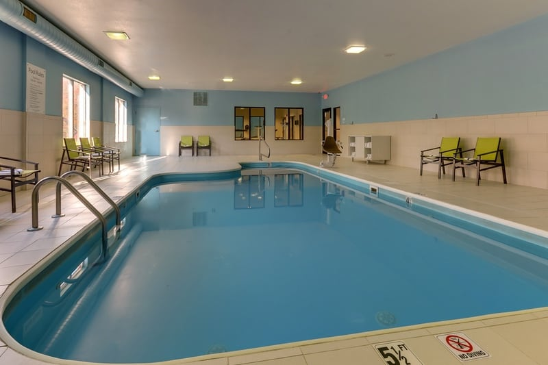 IHG Approved Photography for Holiday Inn Express Dayton Centerville Pool 02