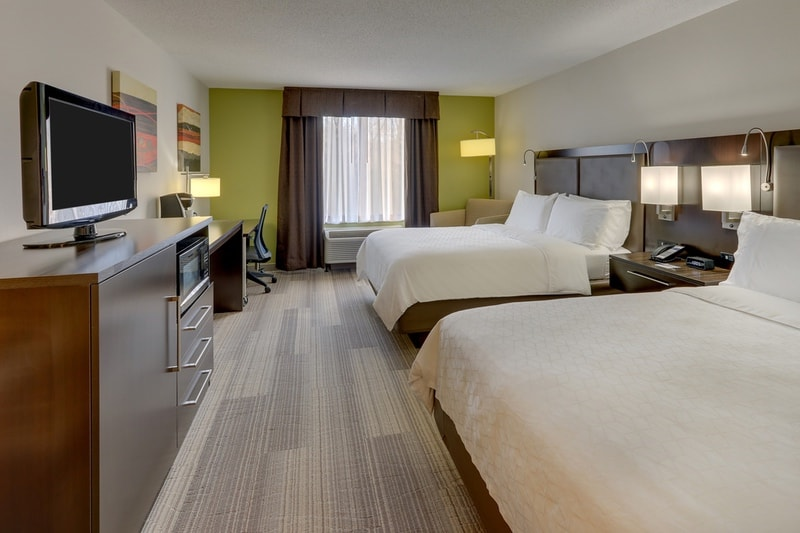 IHG Approved Photography for Holiday Inn Express Dayton Centerville TQNN 01
