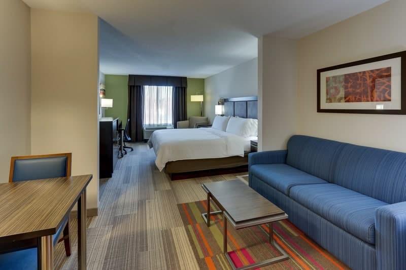IHG Approved Photography for Holiday Inn Express Dayton Centerville XKLN 01