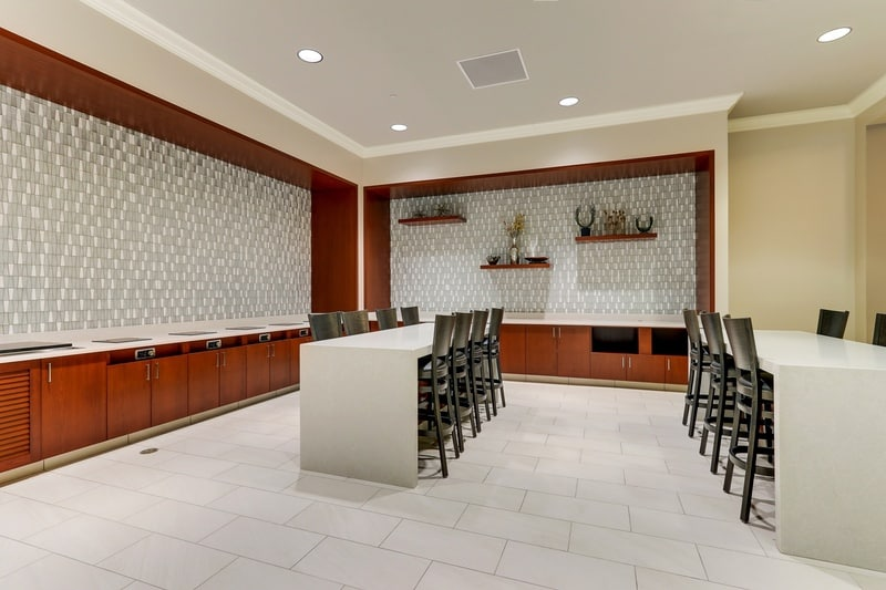 Hilton approved hotel photography for doubletree stl forest park Breakfast