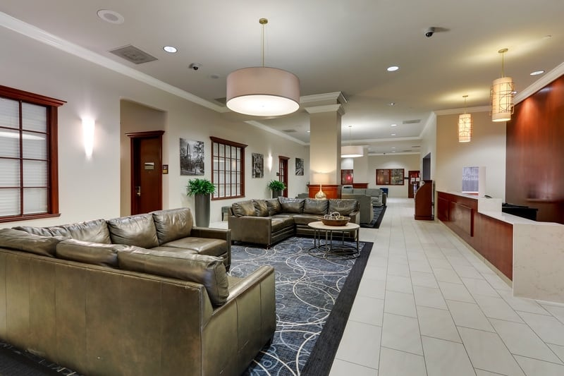 Hilton approved hotel photography for doubletree stl forest park Lobby 01