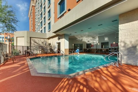 Professional Hotel photography of Drury Hotels pool