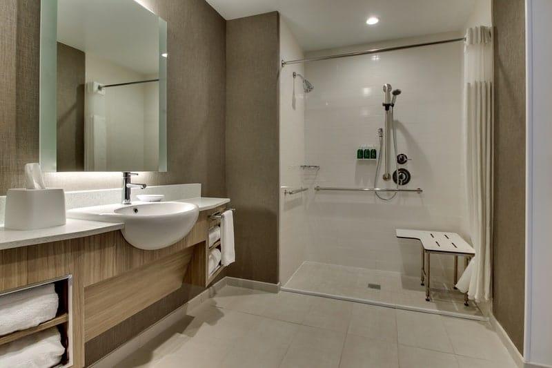SHS MGMSM Accessibble Bathroom 01