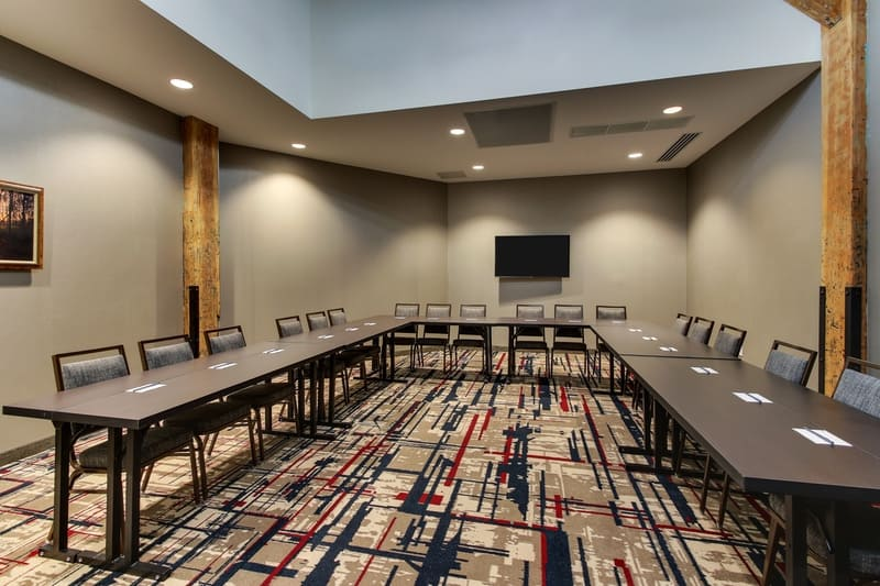 Springhill Suites approved photography - meeting Room Photo