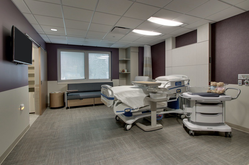 Healthcare photography for McDonough District Hospital Women's Center