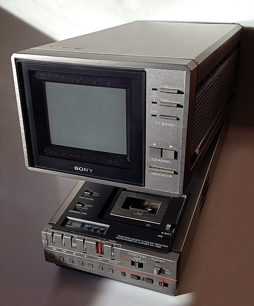 Sony KV 4100 photographed January 31, 2012