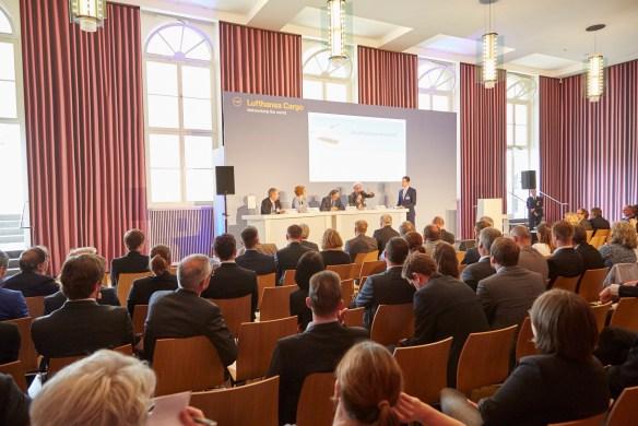 Cargo Climate Care Conference 2015, Mehr Logistik und weniger CO2. Frankfurt, den 10.06.2015