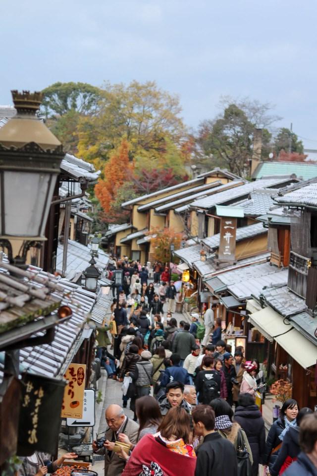 Busy-Kyoto-Street