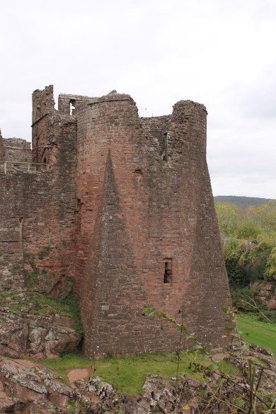 02-goodrich-castle-herefordshire-england