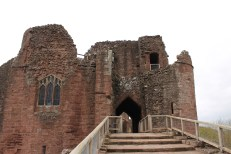 09-goodrich-castle-herefordshire-england
