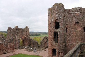 22-goodrich-castle-herefordshire-england