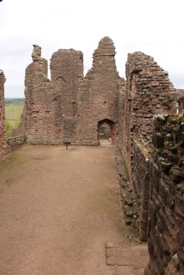 37-goodrich-castle-herefordshire-england