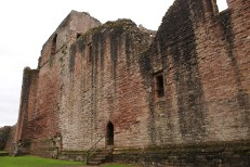 40-goodrich-castle-herefordshire-england